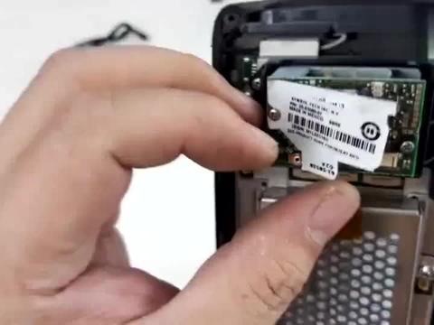 拆解战损版摩托罗拉无线终端,看看当年卖14500的设备内部做工