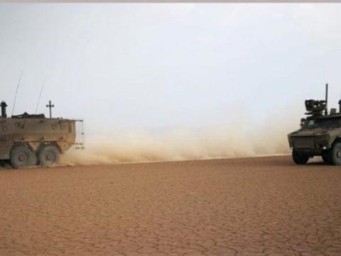 法军在吉布提测试新型装甲车 该车将实战部署到马里