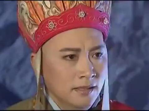 西游记:豹子精抓住了唐僧,正在讨论怎么吃他,手下却有紧急报告