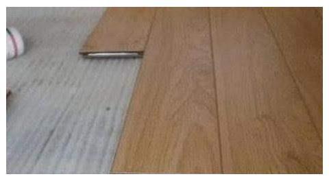头一次见有人装修这样铺地板,至少省一半人工费,不得不感叹聪明