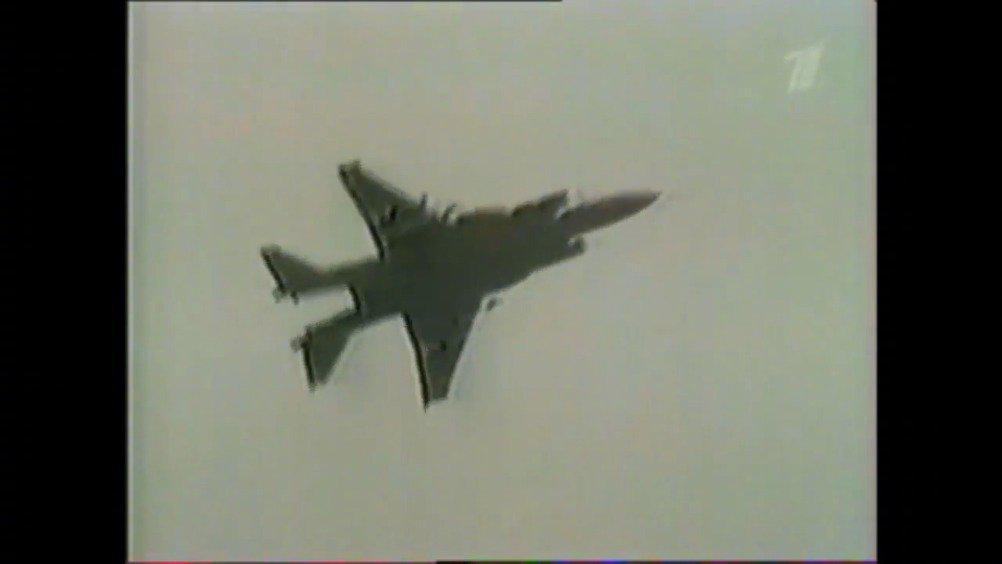 对于两栖攻击舰来说,舰载短距/垂直起降战斗机……