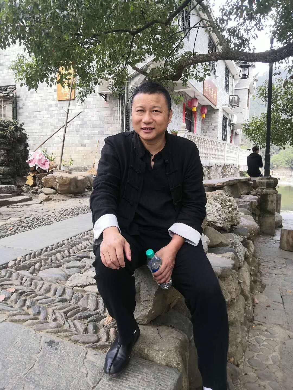 工艺美术师陈冲林油画陶瓷作品欣赏