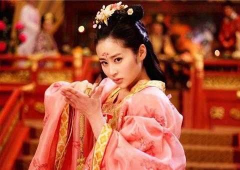 同样演公主,陈钰琪可圈可点,郑爽备受好评,关晓彤却被吐槽