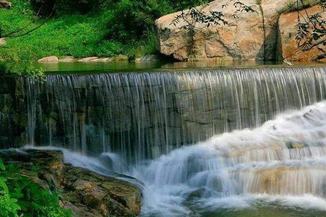 """淄博又一""""天然公园""""走红,拥有""""江北第一"""",今票价50游人如织"""