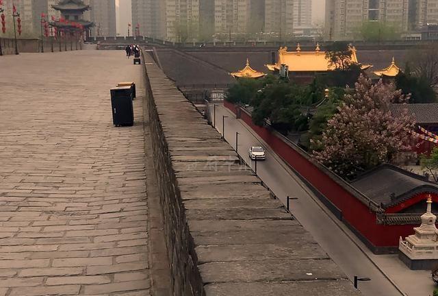 陕西唯一的喇嘛庙,被网红景点包围,略显孤独,少有游客深入了解