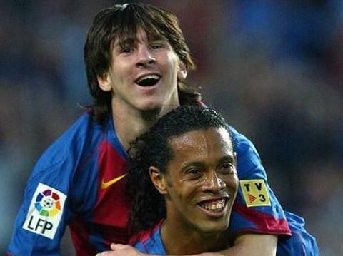 佐拉称,若梅西跟马拉多纳多学几年任意球,他在此方面能超越小罗