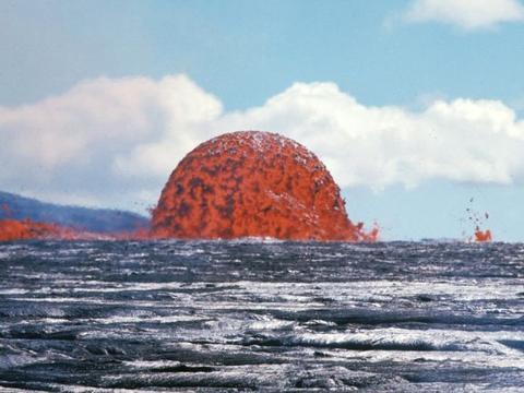 海底火山是在海里喷发的,那为何海水浇不灭?看完终于明白