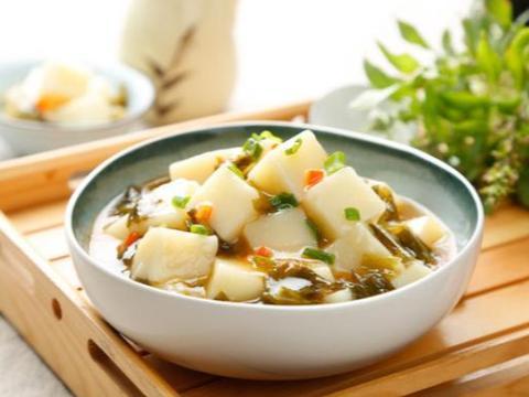 美食:酸菜烩米豆腐,番茄烩羊肉
