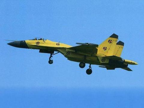 歼-11D战机:在军中的生存空间,似被歼-10C和歼-16挤压了