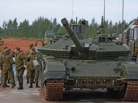 俄罗斯对T-90主战坦克再升级,作战性能再提高,但是个过渡产品!