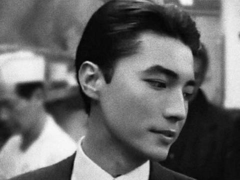 第一位登上奥斯卡颁奖台的华人,他就是亚洲第一美男