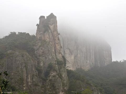 雁荡冠天下,灵岩尤绝奇,形态万变的灵岩奇景