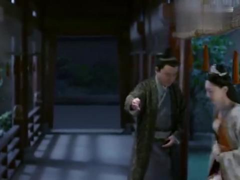 卿尘的金蝶带回了消息,她将此事告知元凌,元湛刚好带着朵霞回来