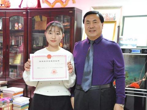 江苏留学生奖学金:专科生最低都有3.8万,网友表示酸了