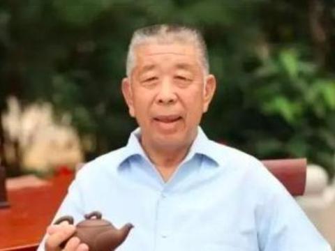 """""""牛王""""李福成靠7头牛发家,身家百亿,孙子死在自己修建的路上"""