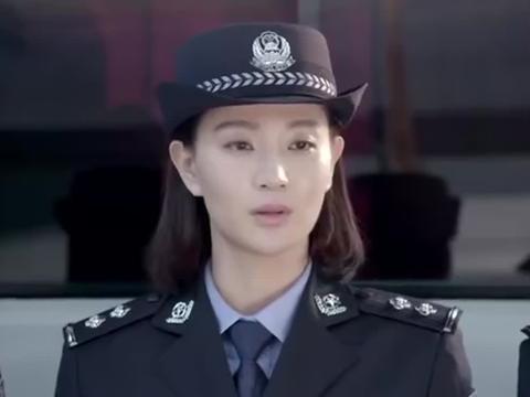 女警个个身怀绝技,不料却被说成逃兵,女警听后瞬间炸了
