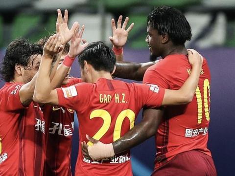 火力全开!马尔康连续6场进球,华夏争冠附加赛不惧任何对手
