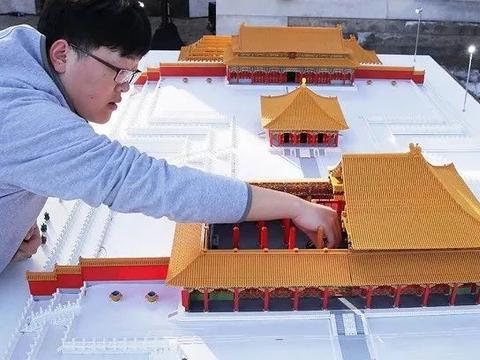 """盲盒设计师、老年人能力评估师……官方认定的新职业""""新""""在哪?"""