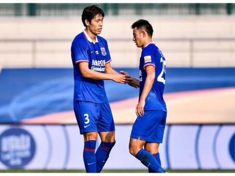 """16分钟2球!""""彭毕申辉""""再出现,毕津浩已成申花头号射手"""