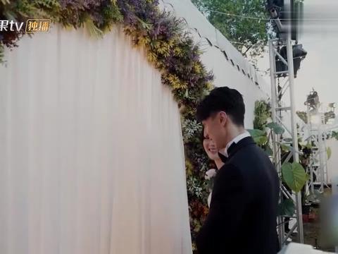 婚前21天:吴尊为林丽吟制作惊喜博物馆,含泪回忆爱情的点点滴滴