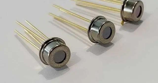 """上海智能传感器产业园的智能硬件有颗""""中国芯"""""""