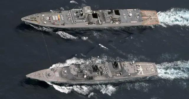 战云密布之际!日本准航母会师印度海军,两国精锐威逼巴铁近海