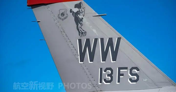 美军低可视度涂装暗藏玄机,垂尾字母什么意思?如何识别指挥机?