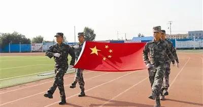 军训汇演展英姿,朝气蓬勃致青春——扎鲁特旗蒙古族第二中学举行2020级新生军训汇演