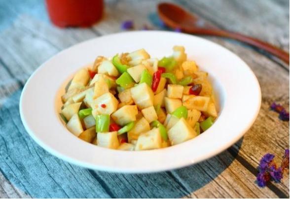 美食精选:泡椒藕丁、海苔杏鲍菇、凤梨排骨、香菇炒玉米笋