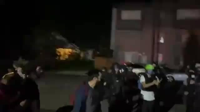 美国俄勒冈州波特兰市街头抗议对峙活动开始了