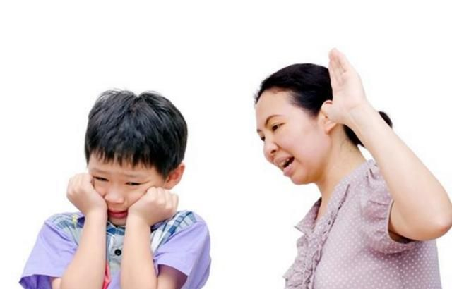 父母育儿都离不开耳光,看看那些挨过打的娃,结局都如出一辙