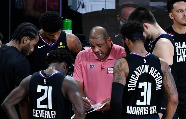 NBA在今天传来数条劲爆的消息,比如里弗斯正式卸任快船队主教练