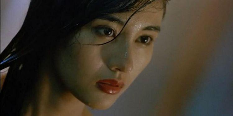 一心只想嫁豪门,被香港所有富豪太太视为红颜祸水,如今安度晚年