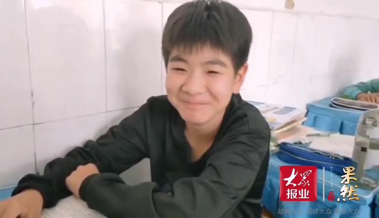情报站丨宁津大曹镇张傲明德小学的孩子们为祖国送上最美的笑容