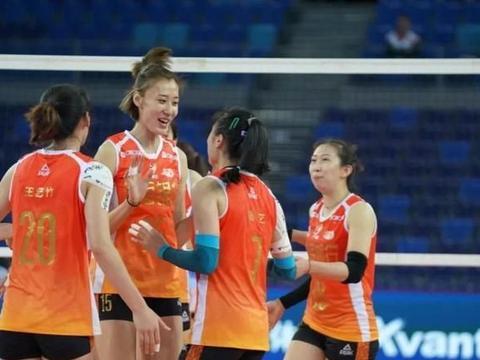王艺竹进步神速,天津女排残阵也能问鼎全锦赛冠军,绝招还没用呢