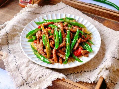 没有食欲就要多吃这道杭椒牛柳,隔着屏幕口水都能要流下来