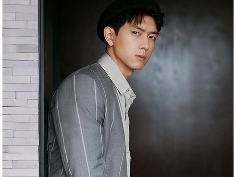 年度最受欢迎华语男演员,李现第二,任嘉伦第六,肖战王者归来