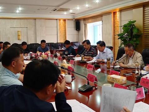 陶伟军主持召开华容2020年重点处理建议和重点提案办理工作调研会