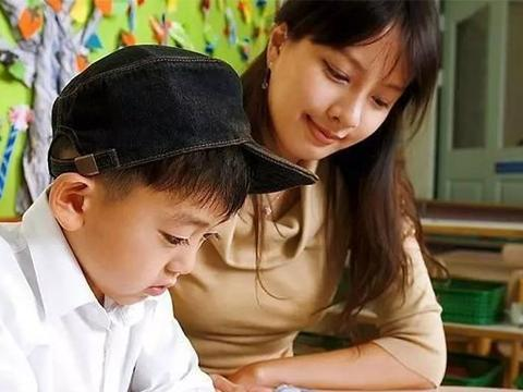 小学一年级读什么课外书好?文学名著真能提高孩子的写作能力吗?