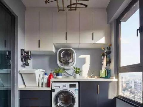 阳台放洗衣机,背后有窗户,怎么做吊柜?