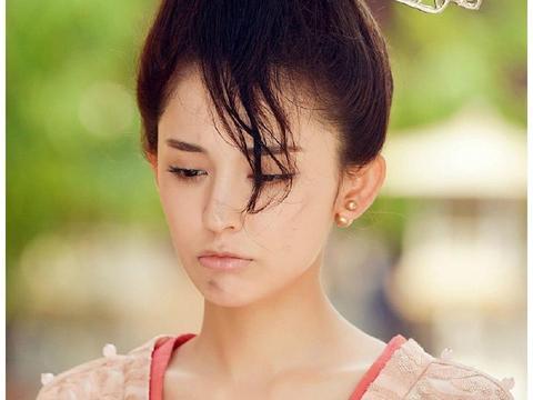 古力娜扎在《青丘狐传说》里扮演的恒娘又撩又可爱,反差萌十足