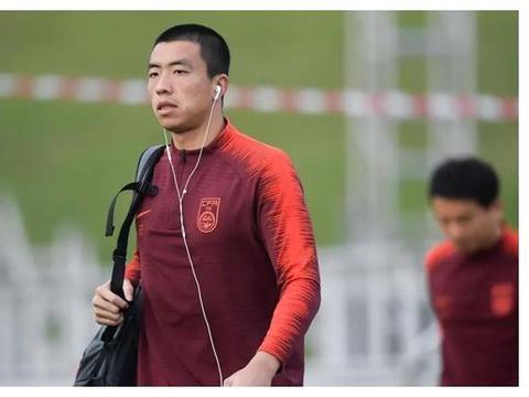 二年级新秀超越前国门守护越秀山,稳健成长未来或可接班颜骏凌!