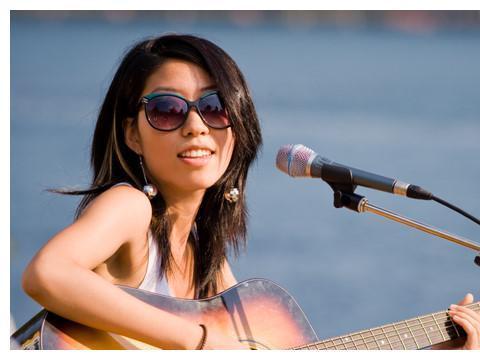曲婉婷为母亲再次喊话,时隔6年的她仍旧想回到音乐界?