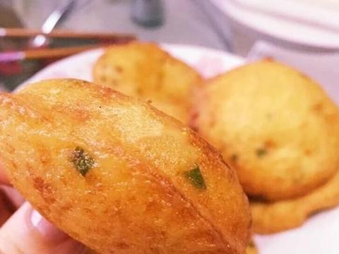 特色福建小吃:酥饼(葱饼),简单可口,味道香咸