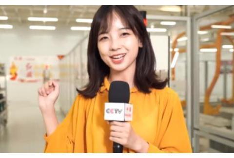 """从央视""""初恋脸""""记者到""""帅气小张"""",新闻节目也能成""""星探""""?"""