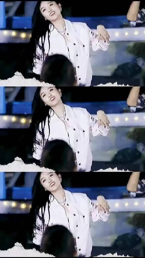 金晨酷感摇滚造型,金晨小姐姐跳舞的视频找不到了……