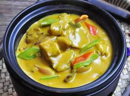 美食精选:辣酱鱼块、咖喱牛肉、酱油鲤鱼、脆皮芝士肠