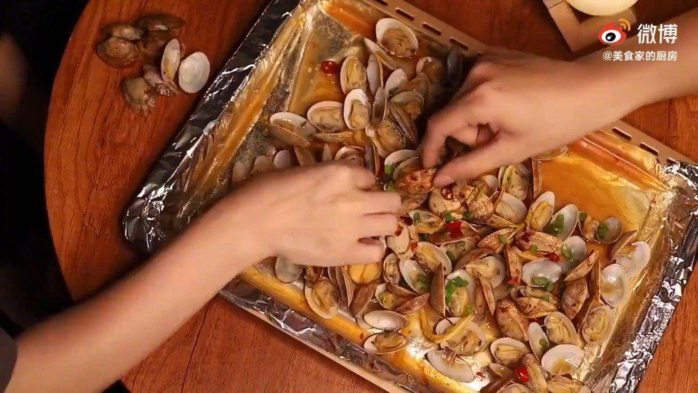 做法超简单的爆汁花甲,快学会做给家人吃!