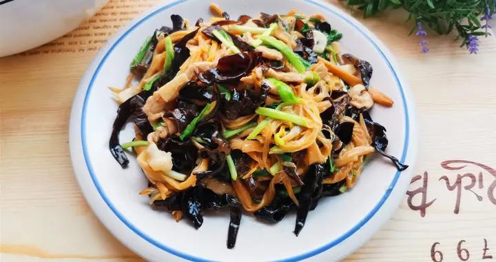 """家里要常吃这个""""健脑菜"""",这样搭配炒,好吃入味,节日餐桌小炒"""