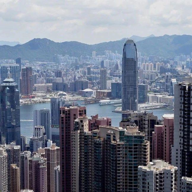 多数香港反对派议员留任立法会,未来只有两个选择
